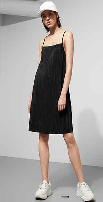 Teenager A Lined Pleated Dress from Weekday